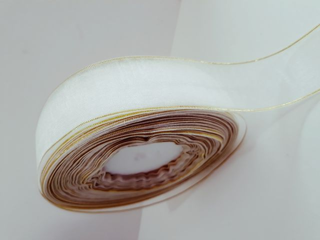 Oasis Organza Ribbon with Satin Edge White & Gold Size :25.4mm X 35Metre.