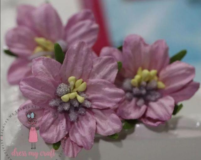 Mulberry Lily with Pollens - Mauve