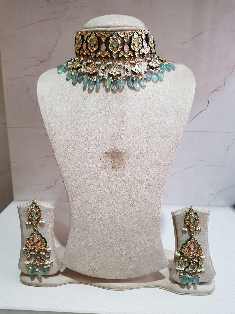 Teerupati Kundan Set