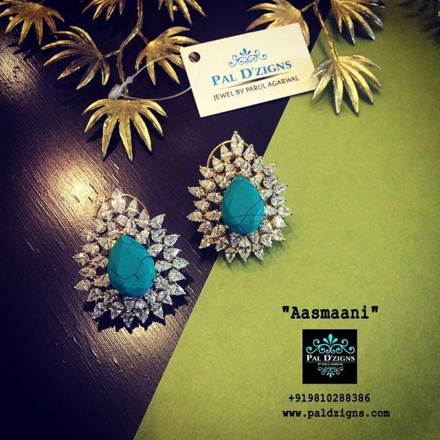 Aasmaani diamond earing
