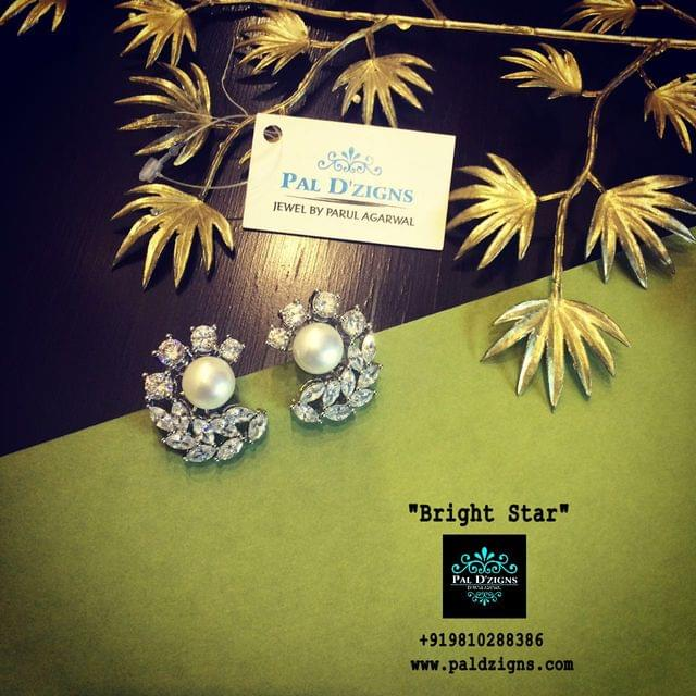 Bright Star Diamond Stud