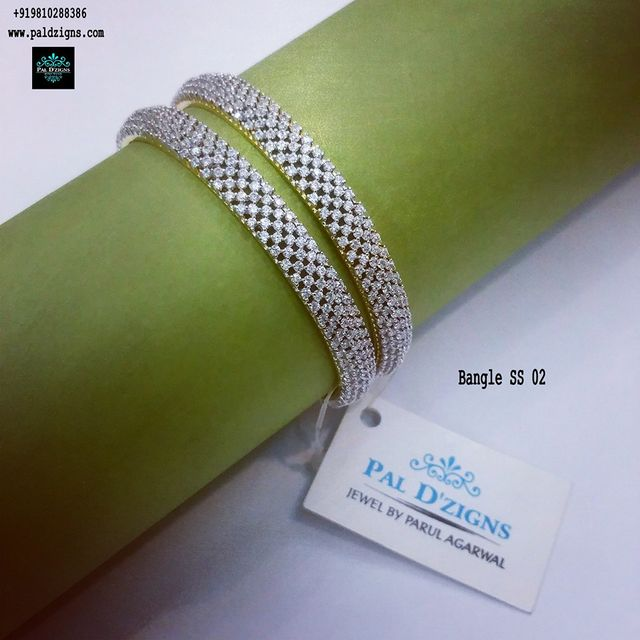 "Diamond Bangles 02 (2-6"")"