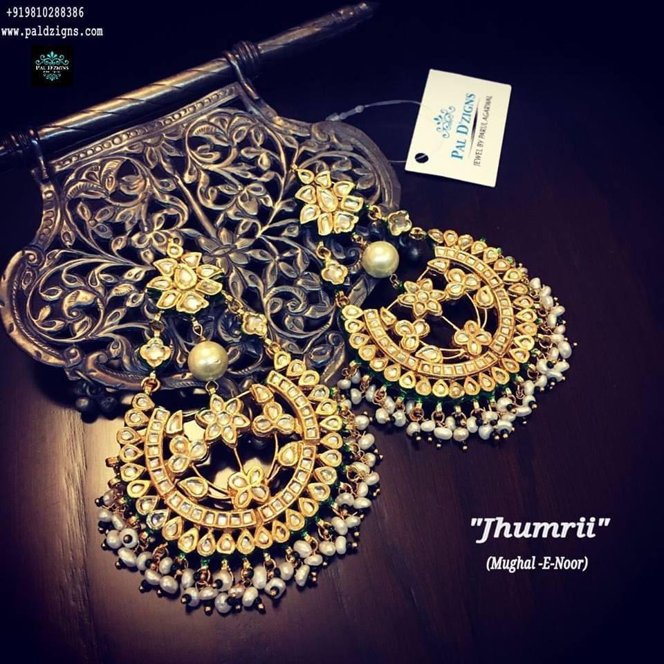Jhumrii Kundan earring