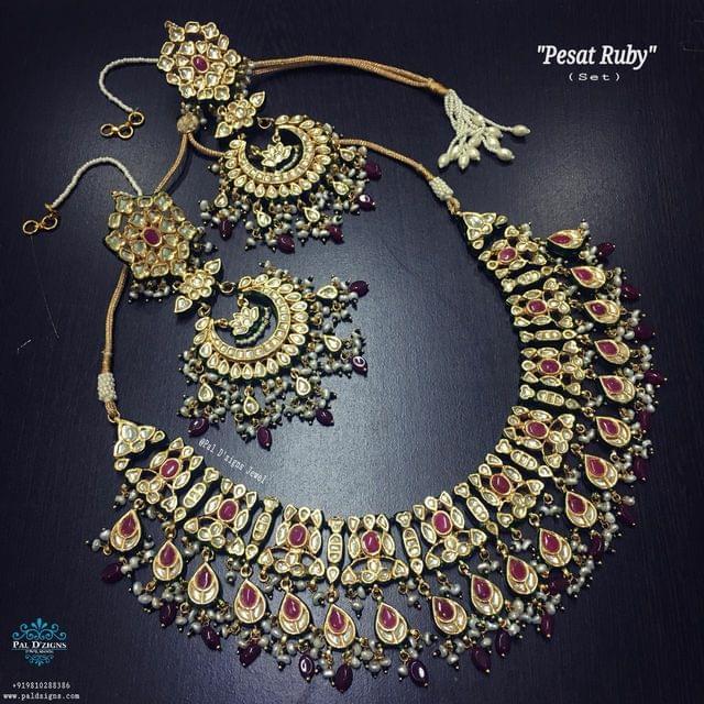 Pesat Ruby Necklace Set