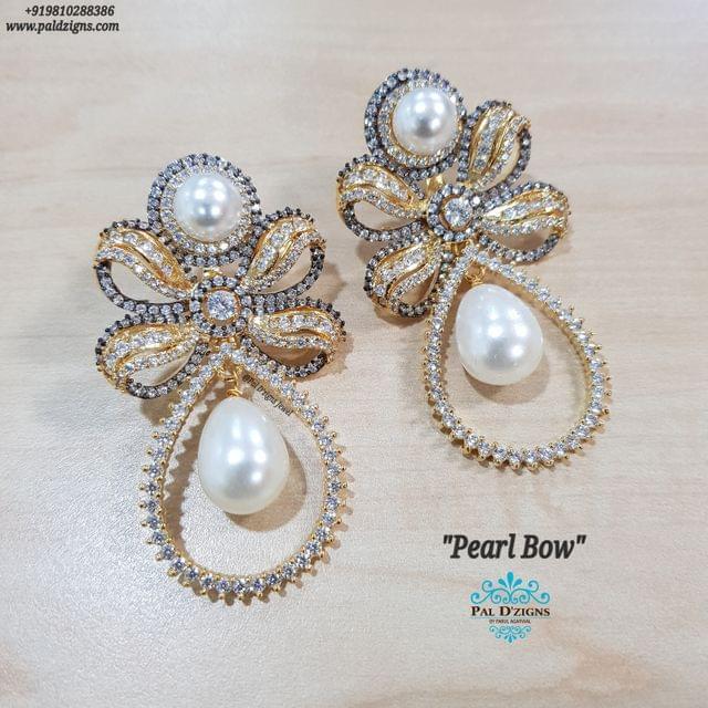 Pearl Bow Earings