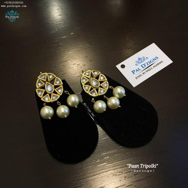 Paan Tripolki Earings