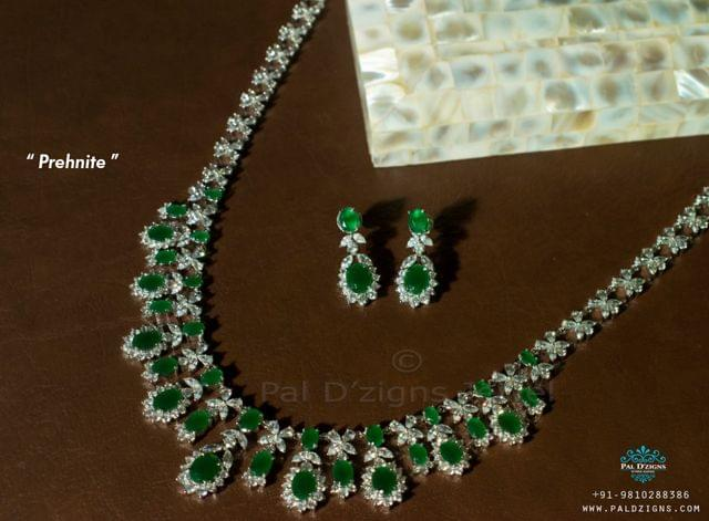 Prehnite Diamond Necklace Set