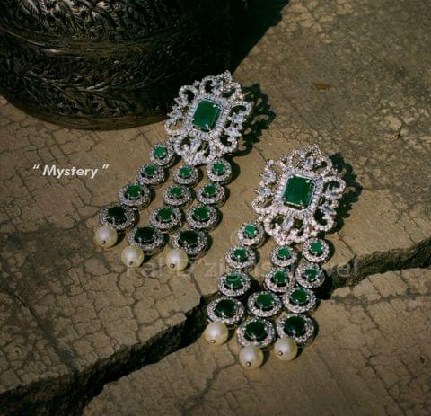 Mystery diamond Earings