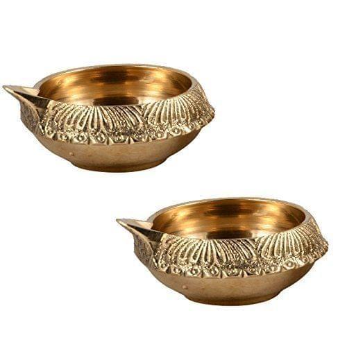 Purpledip Brass Diya Deepak Kuber Vilakku: Set of Two Oil Lamps For Decor, Puja/ Diwali, Lighting (10953)
