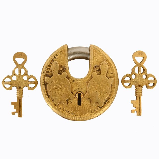 Purpledip Brass Lock Padlock With Tortoise/Turtle: Round Antique Design; Unique Collectible Combination With Feng Shui Vastu Significance (11045)