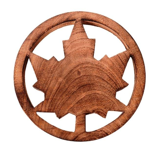 Purpledip Wooden Trivet 'Maple Leaf' Coaster Hot Pad Mat For Dining Table, Kitchen  (11062)