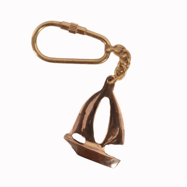 Purpledip Key Chain/Ring/Hook 'Sailboat' In Solid Brass Metal; Unique Souvenir Memorabilia Gift (11128)