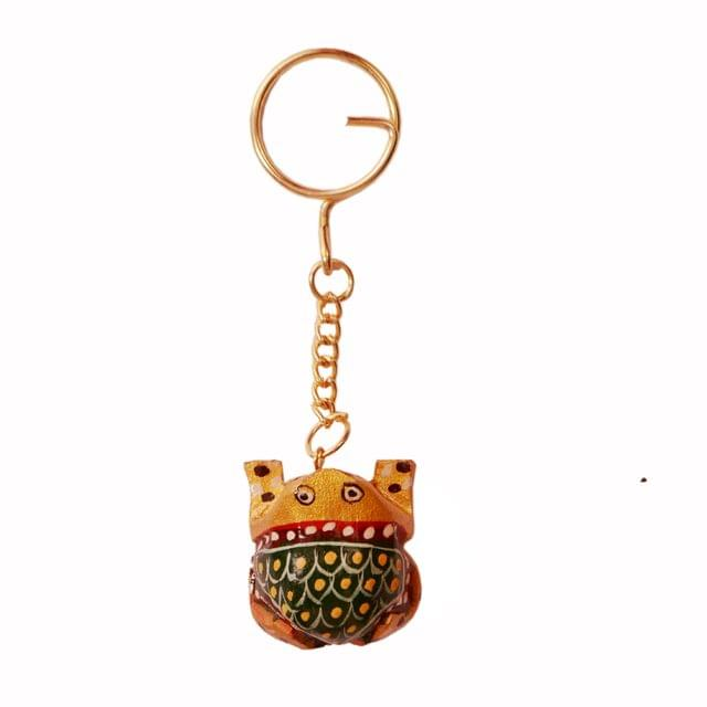 Purpledip Key Chain/Ring/Hook 'Wonder Frog': Sculpted In Kadam Wood with Fine Gold Painting, Unique Indian Gift Idea (11262)