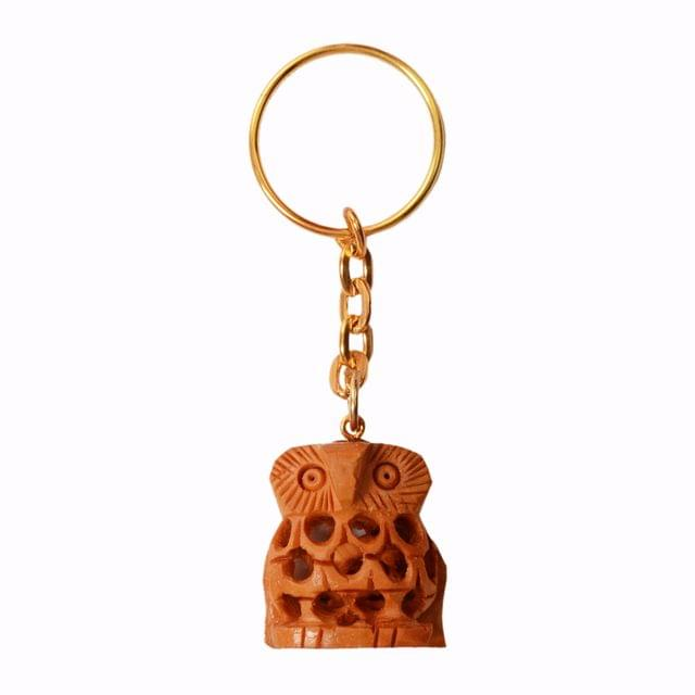 Purpledip Key Chain/Ring/Hook 'Wisdom Owl': Sculpted In Kadam Wood with Fine Indian Cutwork/ Jaliwork, Unique Indian Gift Idea (11263)