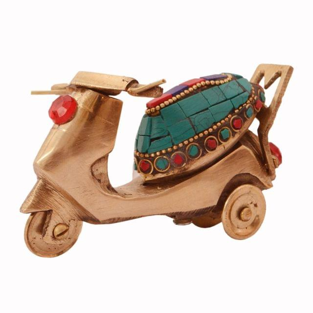 Purpledip Scooty Scooter Miniature Replica in Pure Brass with Spectacular gemstonework: Handmade Quirky Gift Collectible (11241)