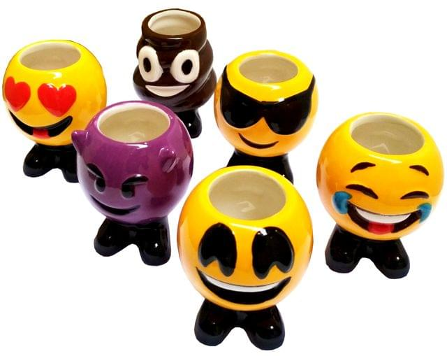 Purpledip Ceramic Shot Glass Set 'Happy Emojis': Set of 6 Cups for Shots (11720)