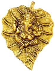 Purpledip White Metal Wall Hanging Ganesha: Gold Finish Ganapathy Idol (10187A)
