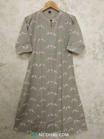 Printed Light Grey Slub Cotton Kurti with with Sequence work, front open placket, (Refer Size chart, 2nd pic before ordering, No Refund, No Return, No exchange, No cancellation),Mandarin Collar , Heigh 444- 46, 3/4 sleeves with flaps, Princess cut, one side pocket, front and side slits .
