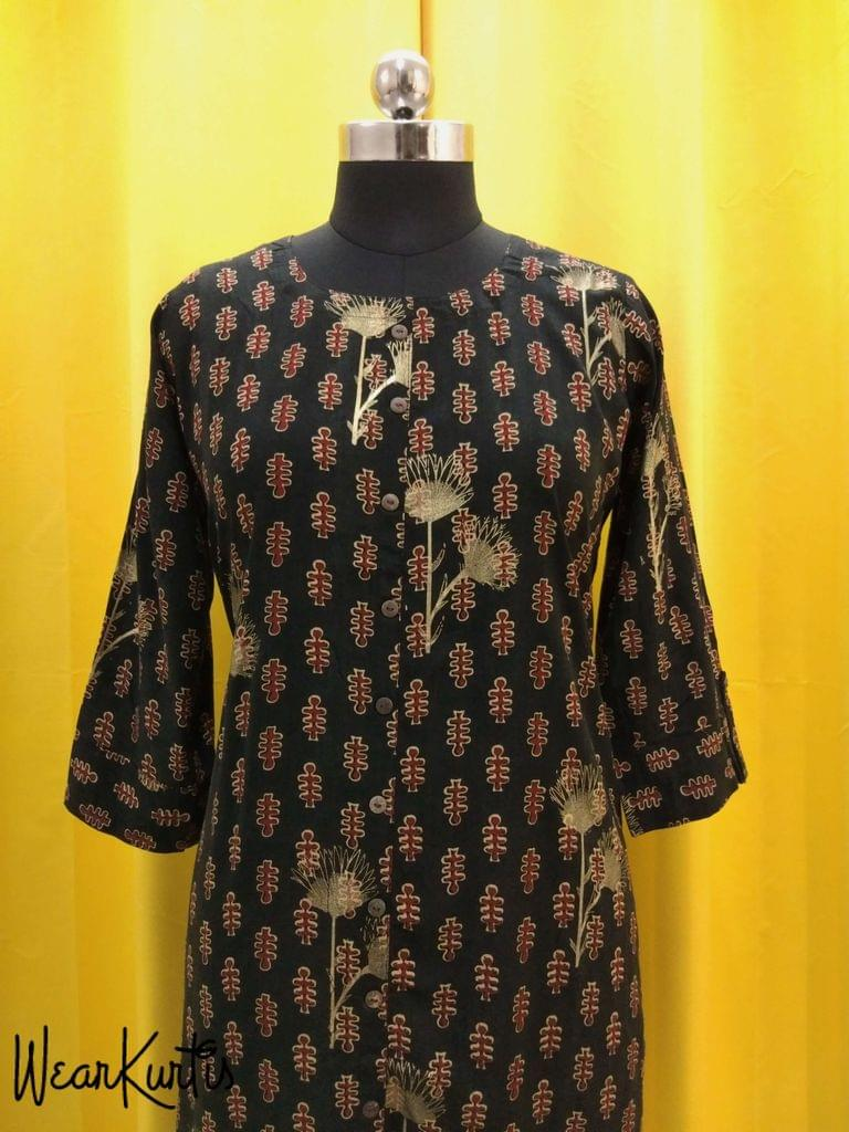 Printed Black Modal Fabric Kurti With closed front placket with Golden Prints (Refer Size chart, 2nd pic before ordering, No Refund, No Return, No exchange, No cancellation),Round Nec, Height-43, 3/4 Sleeves with flaps, front and side slits