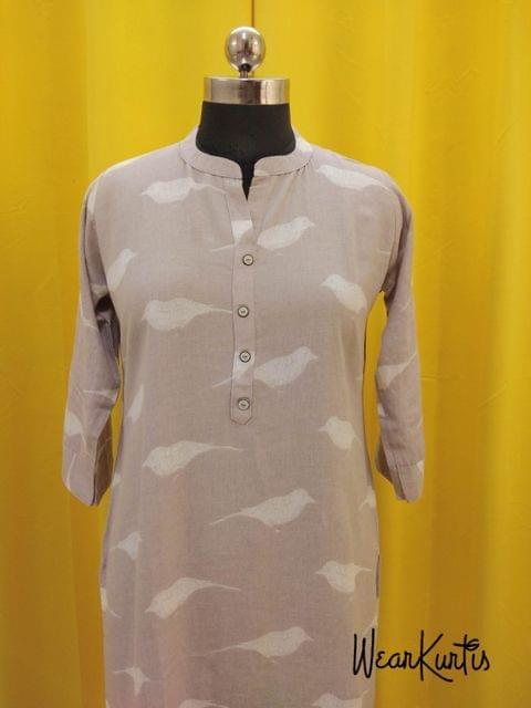 Printed Light Grey modal Kurti with front open placket(Refer Size chart, 3rd pic before ordering, No Refund, No Return, No exchange, No cancellation),Mandari Collar, Height 43, 3/4 sleeves with flaps, side slits.