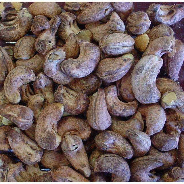 Goa Cashew Nuts - With Skin (1000 gms)