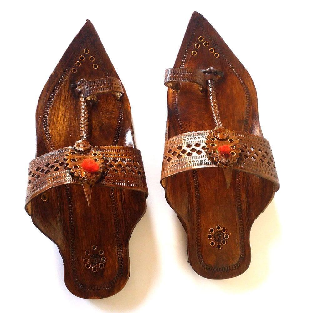 Men Kancha Kolhapuri Brown Sandal