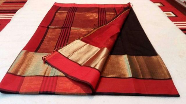 100% Authentic Handwoven Maheshwari Saree