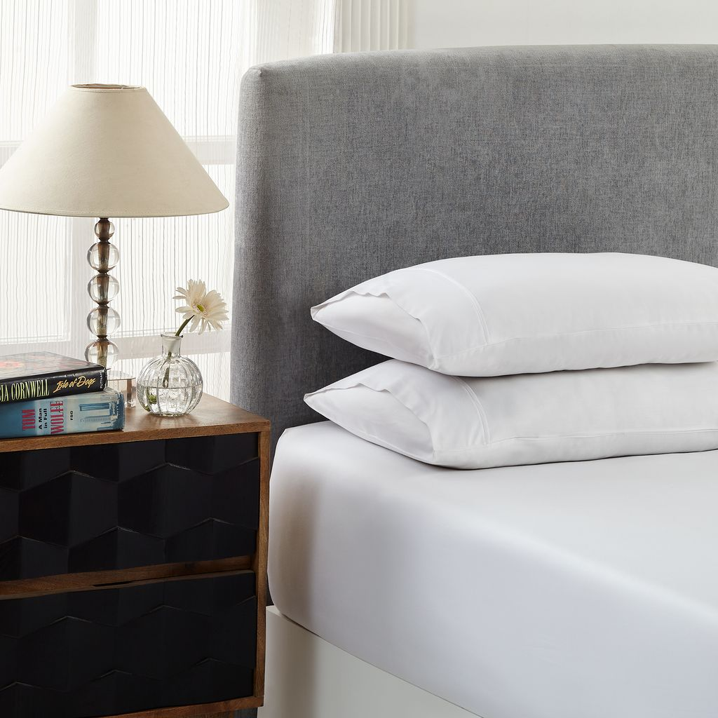 Royal Comfort 1500 Thread count Cotton Blend 3 Piece Fitted sheet Set Queen White