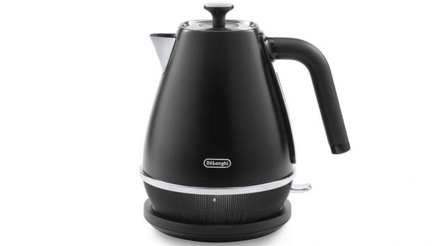 DeLonghiDistinta Moments 1.7L Kettle Sunsent Black