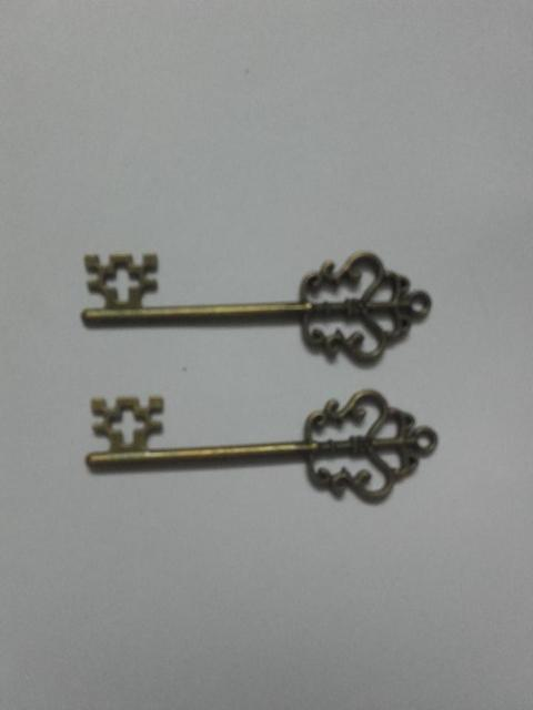 Antique Style Keys Charms/ Pendant