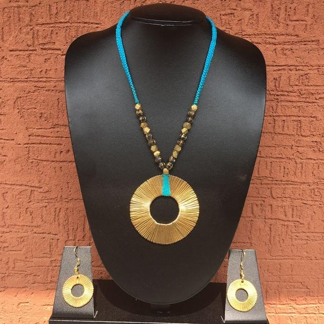 Brass Necklace - Chakra Pendant In Blue Thread With Earrings