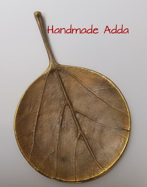 Brass Teak Round Leaf Cast