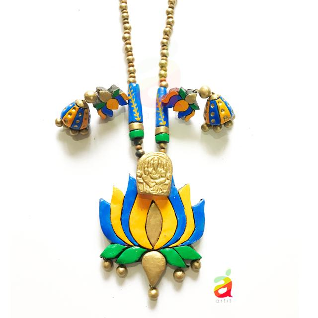 LOTUS DESIGNED NECKLACE