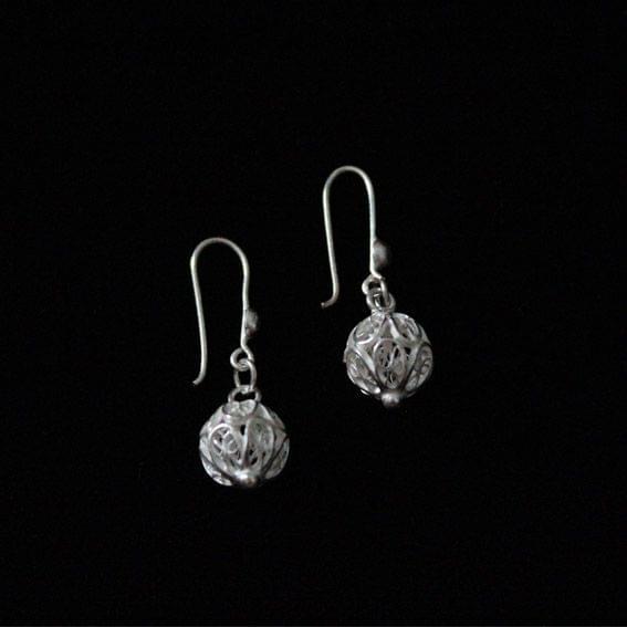 Single Circle Silver Filigree Earrings