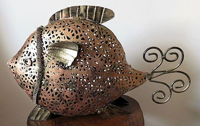 IndicHues Handicraft Wrought Iron Fish Candle Holder