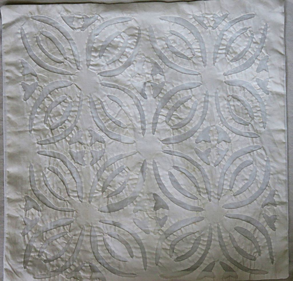 IndicHues White Cotton Applique Cushion Cover 16x16