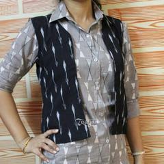 Trayee Grey Cotton Kurtha with Jacket