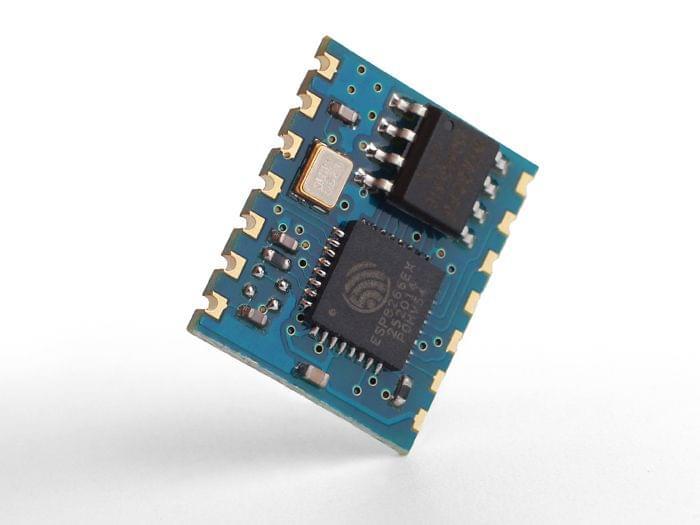 WiFi Serial Transceiver Module w& ESP8266-Medium
