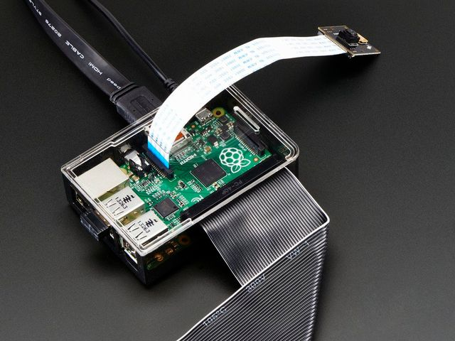 Adafruit Raspberry Pi B+ / Pi 2 / Pi 3 Case - Smoke Base - w/ Clear Top