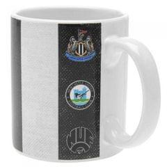 Newcastle United FC offizieller Becher mit Streifen