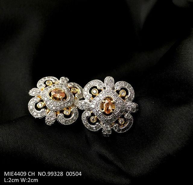 American Diamond earring with an year warranty