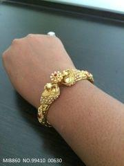 Brass+ Gold Plated Bracelet with an year warranty