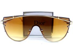 High class Ultraviolet Polarized Pair of Sunglass