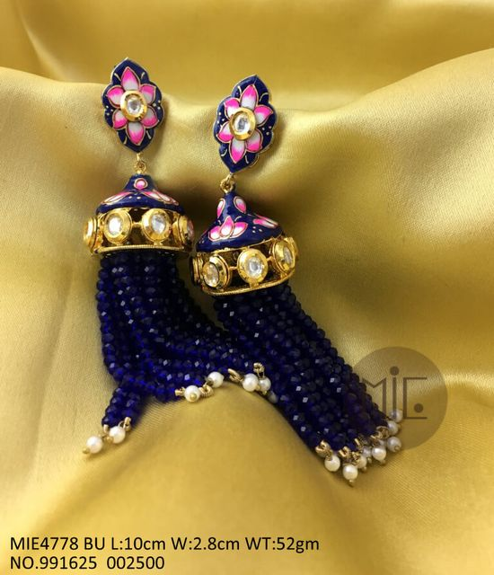 Beautiful hand-painted earrings studded with Kundan Stones