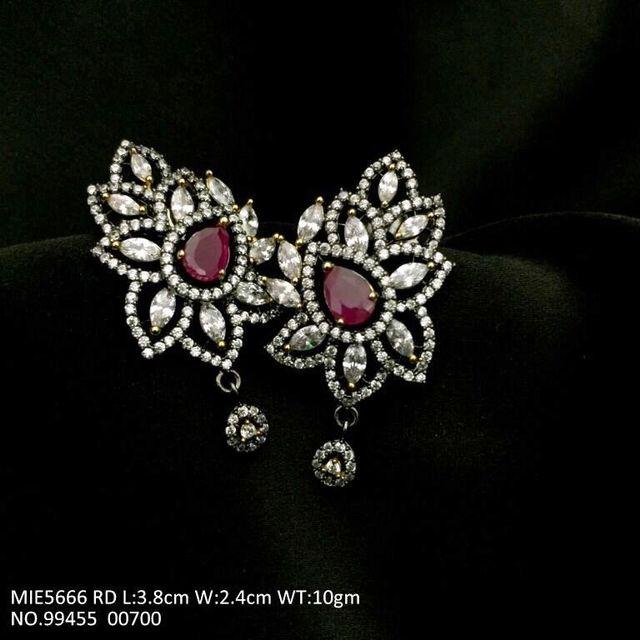 High Class American Diamond earring with an year warranty
