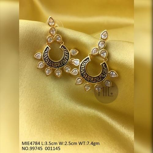 Gold plated Brass Earring with precious and Kundan Stones