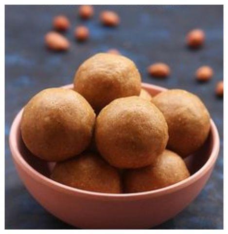 Idiccha verkadalai urundai(Crushed Peanut urundai)
