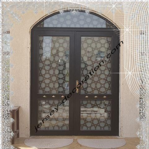 GET DECORATIVE ENTRANCE DOORS IN QATAR
