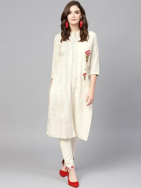 Women Off-White Checked Kurta with Trousers
