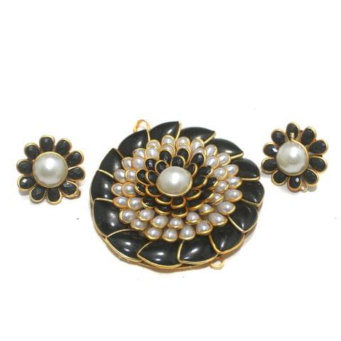 Black Pacchi Pendant Set 50mm